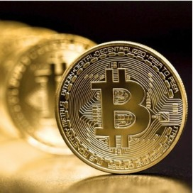 BITCOIN EN PLAQUE OR